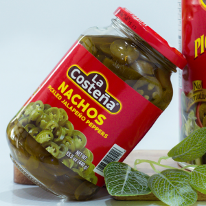 Nachos pickled jalapeno peppers